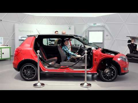 Škoda Auto Lab Innovative Safety Center
