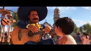 COCO de Disney•Pixar - Plaza del Mariachi (en español)