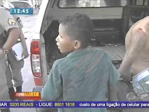 Menino de 12 anos preso por assalto a mao armada o bicho é bravo