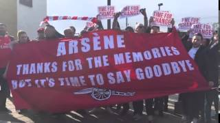 Arsenal fans singing a disgusting chant about Arsene Wenger