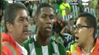 Copa Libertadores 2016 4tos. Vuelta Atl. Nacional 3 vs Rosario Central 1 3er Gol, disturbios y final
