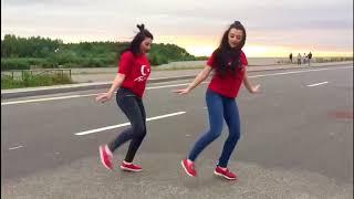 اجمل رقص على دبكة تركية لبنتين