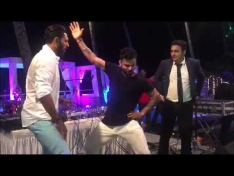 Xxx Mp4 Virat Kohli And Yuvraj Singh Doing Bhangra On Punjabi Song 3gp Sex