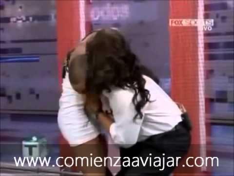 Xxx Mp4 Larissa Riquelme Se Le Sale Una Teta En Vivo 3gp Sex