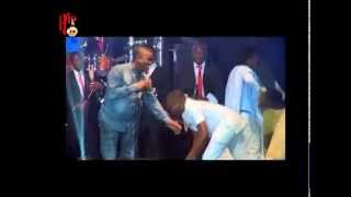 OLAMIDE AND WASIU AYINDE PERFORM TOGETHER ON STAGE