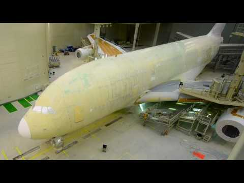 Xxx Mp4 Timelapse Painting Of An Airbus A380 Emirates Airline 3gp Sex