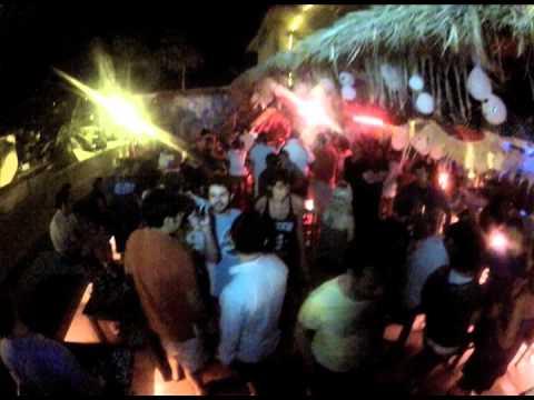 Bar Fly Pto. Escondido Ghost Girl Partie Pana Li