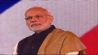 PM Shri Narendra Modi's and PM David Cameron's speech at Wembley Stadium