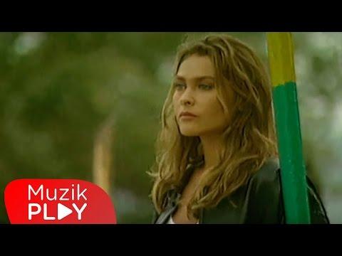 Hülya Avşar - Sensiz Kaldım (Official Video)
