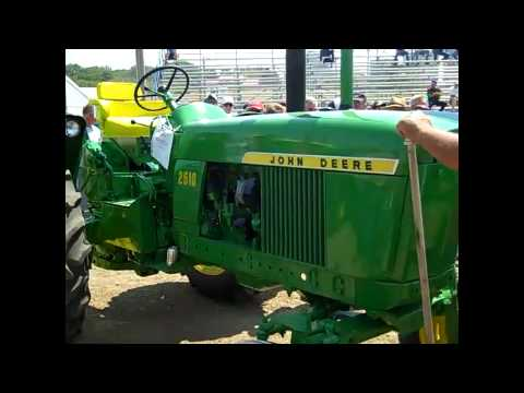 (2) 1966 JD 2510 Tractors Sold on Iowa Auction 6/27/12