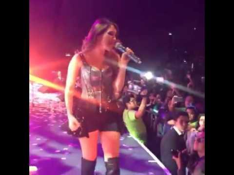 Dulce Maria FL 08 06 2016 Cantando en Puebla