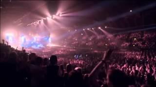 5sos - She Looks So Perfect(Live At Wembley Arena)