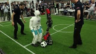 RoboCup 2018 humanoid final Sweaty vs. NimbRo