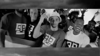 Djeff Afrozila  feat Yuri da Cunha e Bzb - Ser Kazukuta  (Video Oficial)