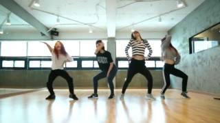 Mr Eazi  ft TEKNO – Short Skirt (Dance)