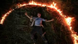 Trailer 4 Tahun Tinggal Di Rumah Hantu