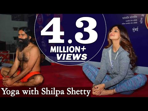 Swami Ramdev and Shilpa Shetty Practising Yoga at Mumbai