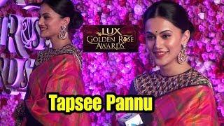 Actress Tapsee Pannu Hot In Saree At Lux Golden Rose Awards 2017 | Bollywood Tashan