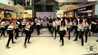 Breaking Free at Oberoi Mall, Mumbai (Flash mob at Oberoi Mall on Independence Day)
