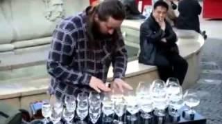 Amazing Glass Artist playing on wine glass !