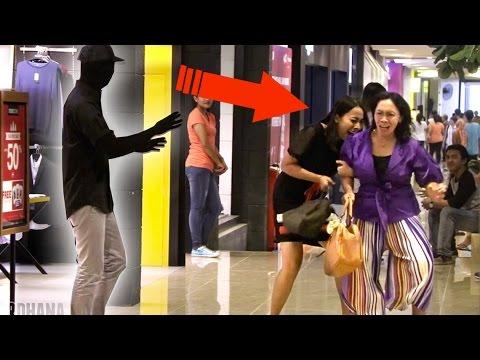 Jadi Patung Hidup! Epic Mannequin Prank Indonesia! Ngagetin Orang pura2 jadi patung!