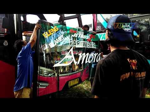 Akibat Ulah Pelempar batu Kaca bus,,Agam Tungga Jaya Ganti Kaca di Terminal.