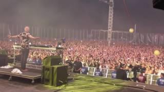 Fatboy Slim - Praise You - Glastonbury 2016 (Stage Cam)