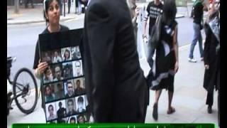 فحاشی دیپلمات رژیم به یکی از معترضین در لندن + 18 (HQ)