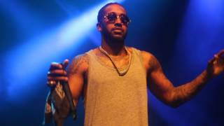 Omarion performs