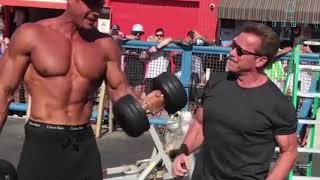 70 Year Old Arnold Schwarzenegger Goes Back To Muscle Beach