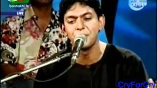 Chanchal Chowdhury, Bangla Folk Song, Bangladesh -.flv    (http://youtune.com/bdmusictv)