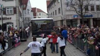 VDL BOVA Lexio Bus ziehen, 5Mädels in 19,5 sec 0-100