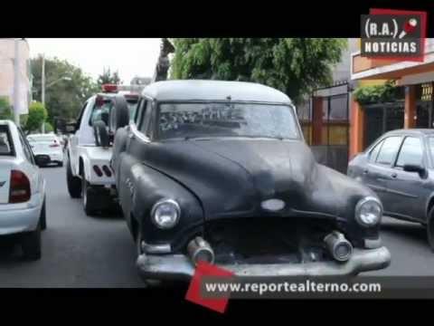 Vehículos abandonados se despiden de Iztapalapa