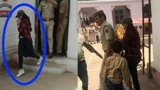 Omg ! Preity Zinta starts crying badly on seeing frnd Salman Khan in Jail |Preity met Sallu