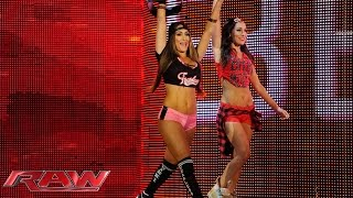 Nikki Bella vs. Naomi: Raw, May 4, 2015