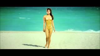 PRIYANKA CHOPRA GOLDEN BIKINI HOT BODY SHOW HD BLURAY 1080P