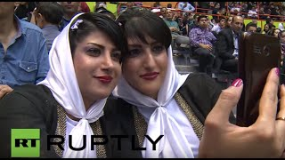 Iran: Double-takes galore as Tehran celebrates Festival of Twins