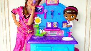 Doc McStuffins Toys - Pet Vet Check up center -  disney doctor toy