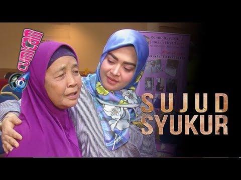 Ibu Korban First Travel Sujud Syukur, Adik Syahrini Berlinang Air Mata - Cumicam 24 Oktober 2017