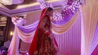Surprise dance by Indian bride for Groom before Phera!!
