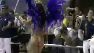 Dani sperle quase fica nua - Carnaval 2011