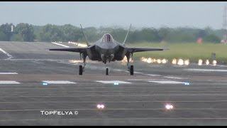 Vertical Landing F-35 RIAT 2016 airshow BEWARE OF THE LOUD SOUND