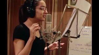 Shraddha Kapoor Kashmiri Folk Song from Film Haider