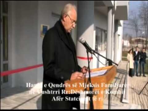 hapje solemne nga kryetari i k.k vuushtrris Qendra e mjeksiiss. familjare 2 clubluigji Medi Zhutaj