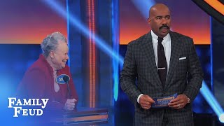 HOT WHAAT??? | Celebrity Family Feud