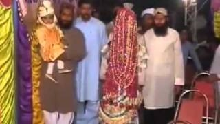 Funny Accident in Pakistani Wedding!   YouTube2
