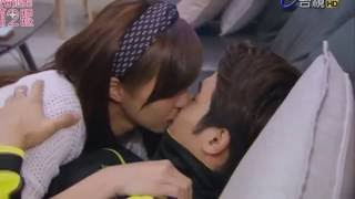 Hot kiss korean style