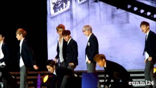 [Fancam] 130825 EXO 엑소 - Intro + Wolf + Growl + Ending @ KCON 2013