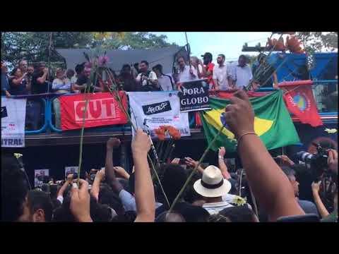 Último discurso do Lula antes de se entregar para a polícia  (O que a Rede Globo não mostrou)
