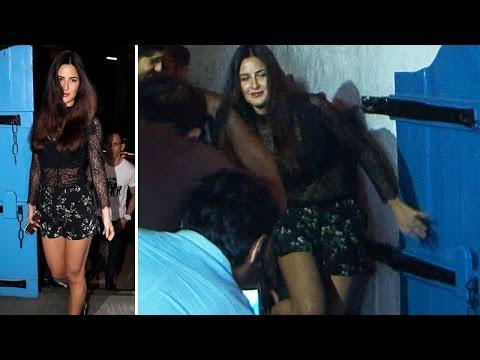 Katrina Kaif in hot shorts!